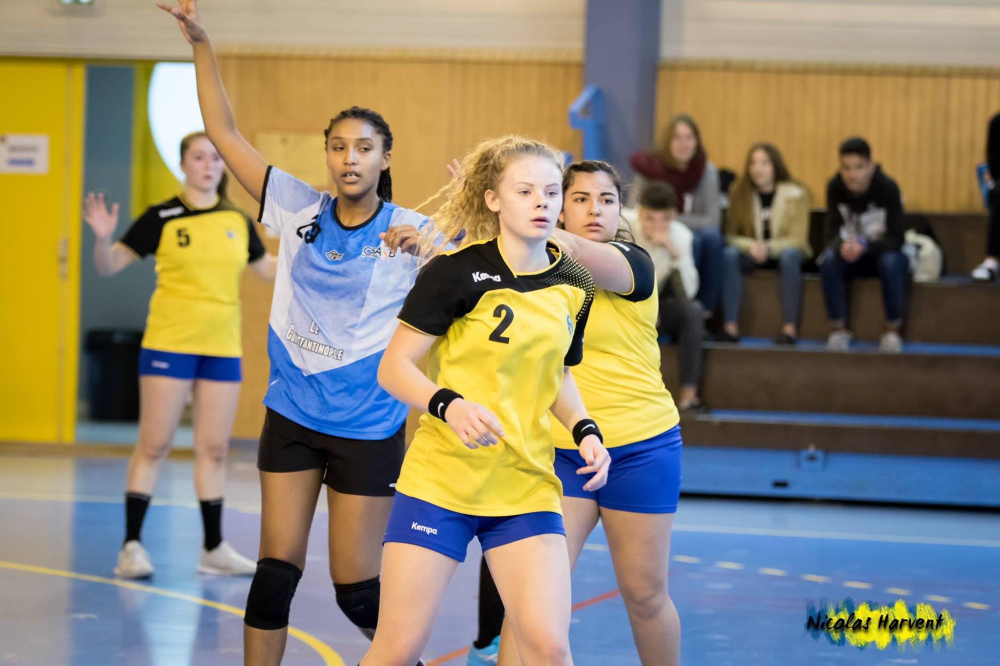 Les U18 F se lancent dans le Challenge de France !