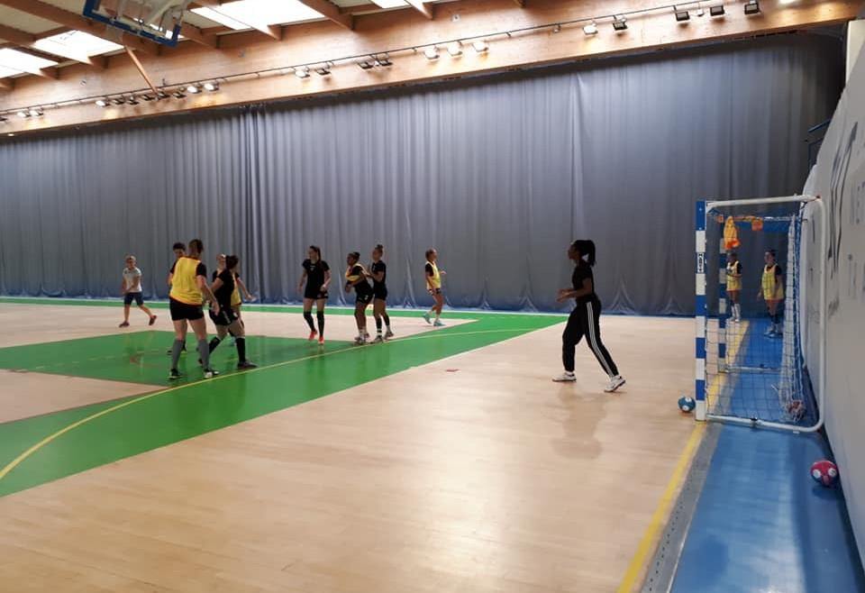 Les amandinoises à Bourg-de-Péage pour un premier tournoi de préparation !