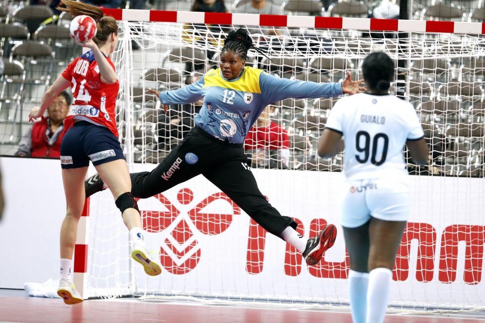 Une gardienne angolaise au Saint-Amand Handball !